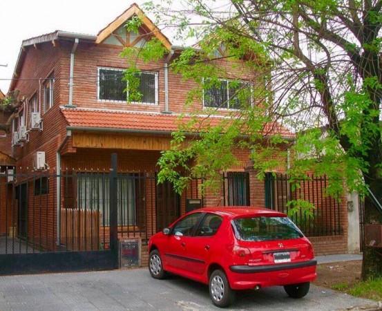 Venta /permuta Casa 6 Dorm. - Gran Jardin con Pileta y Parrilla + Dep.